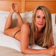 As mulheres maduras também estão à procura de aventuras online: uma tendência crescente